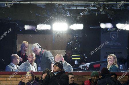 Alan Shearer, Roberto Martinez, Nigel de Jong and Gabby Logan in the Amazon studio prior to kick off.