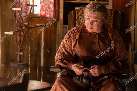 Kathleen Turner as Miss Mary Shaw