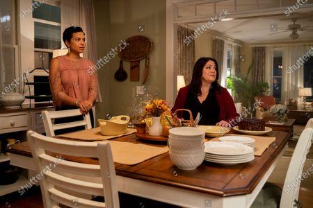 Michele Weaver as Phyllis and Brooke Elliott as Nancy