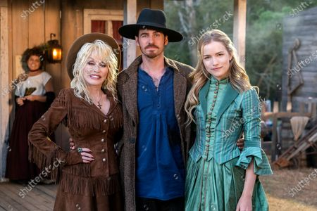 Dolly Parton, Colin O'Donoghue as JJ Sneed and Willa Fitzgerald as Maddie Hawkins