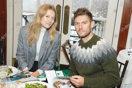 Stock Picture of Toni Garrn and Alex Pettyfer