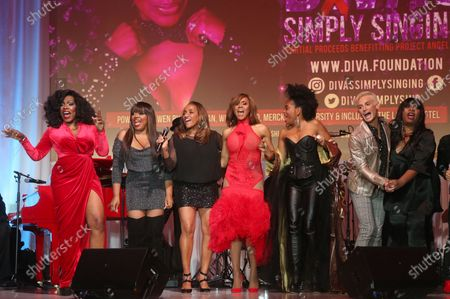 Stock Photo of Sheryl Lee Ralph, Deborah Cox, Shanice Wilson, Rhonda Ross Kendrick, Elaine Gibbs and Frankie Grande
