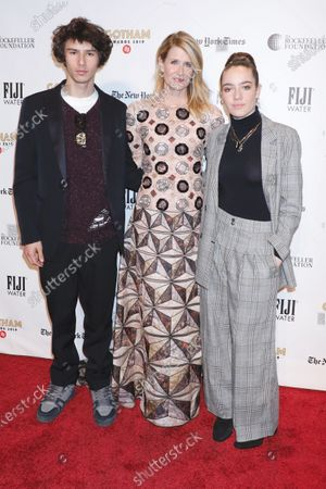 Laura Dern with Ellery Harper, and Jaya Harper