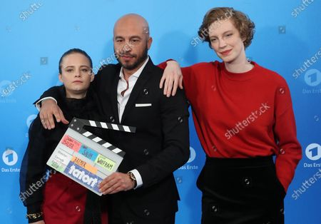 The new Radio Bremen Tatort crime series team Jasna Fritzi Bauer, Dar Salim and Luise Wolfram during a photo call before the annual press conference of the German ARD broadcaster in Hamburg, 03 December 2019. The ARD is the working group of German public broadcasters with ten members throughout the country.