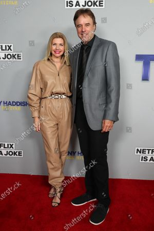 Stock Picture of Susan Yeagley and Kevin Nealon