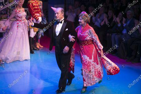 Adrian Edmondson (Lord Brockhurst) and Issy van Randwyck (Lady Brockhurst) during the curtain call