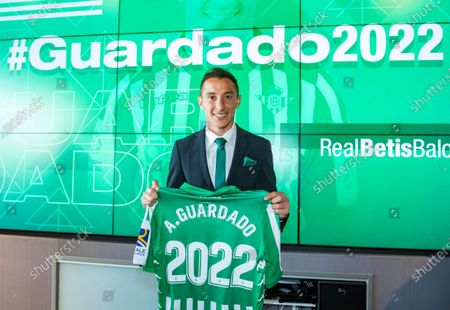 Real Betis' midfielder Andres Guardado poses for photographers after signing a new contract with the Spanish La Liga soccer club in Seville, Spain, 04 December 2019. Mexican midfielder Andres Guardado signed a new contract with Real Betis until 2022.