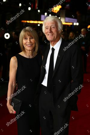 Isabella James Purefoy Ellis, Roger Deakins. Isabella James Purefoy Ellis and Roger Deakins pose for photographers upon arrival at the World premiere of the film '1917', in central London