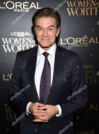 Dr. Dr Mehmet Oz attends the 14th annual L'Oreal Paris Women of Worth Gala at the Pierre Hotel, in New York