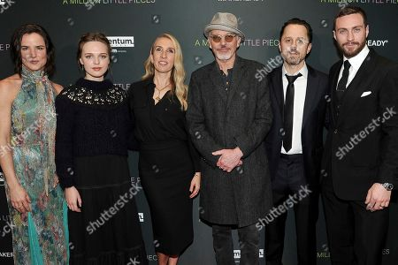 """Juliette Lewis, Odessa Young, Samantha Taylor-Johnson, Billy Bob Thornton, Giovanni Ribisi, Aaron Taylor-Johnson. Juliette Lewis, from left, Odessa Young, Samantha Taylor-Johnson, Billy Bob Thornton, Giovanni Ribisi and Aaron Taylor-Johnson attend a special screening of """"A Million Little Pieces"""" at the London Hotel, in Los Angeles"""