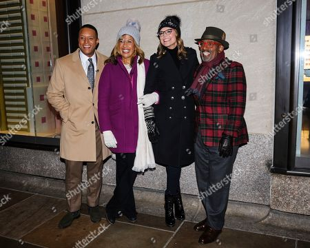 Stock Image of Craig Melvin, from left, Hoda Kotb, Savannah Guthrie, and Al Roker pose for a photo during the 87th annual Rockefeller Center Christmas tree lighting ceremony, in New York