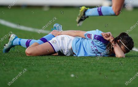 Jill Scott of Manchester City reacts injured