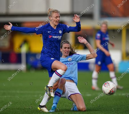 Jill Scott of Manchester City tackled Sophie Ingle of Chelsea