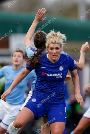 Millie Bright of Chelsea blocks Jill Scott of Manchester City