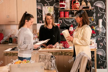 Ep 9966 Monday 30th December 2019 - 2nd Ep Tracy Barlow, as played by Kate Ford, thanks Paula, as played by Stirling Gallagher, for going to so much trouble, helping Amy Barlow, as played by Elle Mulvaney, with her work experience.
