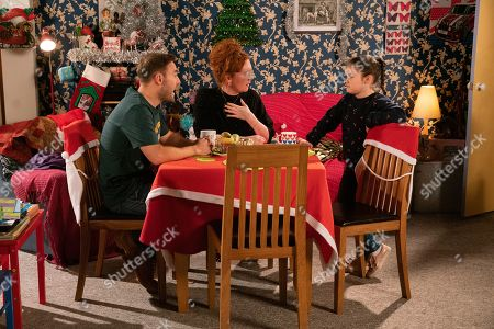 Ep 9957 Friday 20th December 2019 - 2nd Ep Tyrone Dobbs, as played by Alan Halsall, and Fiz Stape, as played by Jennie McAlpine, decide to punish Hope Stape, as played by Isabella Flanagan, for disrupting the school nativity. Tyrone and Fiz set Hope to work cleaning the house.