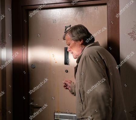 Ep 9978 Monday 13th January 2020 - 1st Ep Having returned from Richard's funeral, Roy Cropper, as played by David Neilson, goes to check up on Nina. He's horrified to see her front door splattered with eggs.
