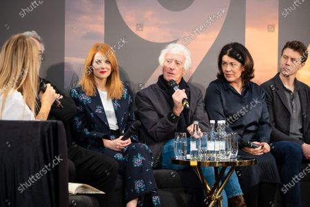 Stock Image of Edith Bowman, Sam Mendes, Krysty Wilson-Cairns, Roger Deakins, Pippa Harris and George MacKay