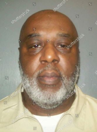 "This undated photo provided by South Carolina Department of Corrections show inmate Oscar James Fortune, who has spent 13 years in a South Carolina prison, had his murder conviction overturned because a prosecutor suggested in his closing argument all defense lawyers lie. The state's Supreme Court ruled, that those comments were ""blatantly improper"" because one of the foundations of the U.S. legal system is jurors decide the truth, and that Fortune should get a new trial"