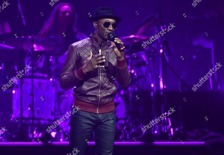 Aloe Blacc on stage at the Avicii Tribute Concert for Mental Health Awareness