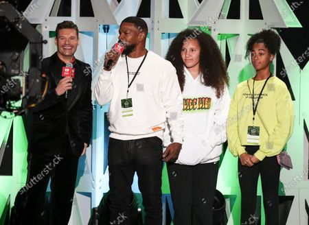 Ryan Seacrest, Jamie Foxx and guests