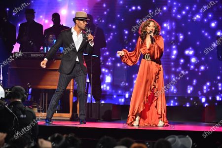 Stock Image of Chante Moore and Eric Benet