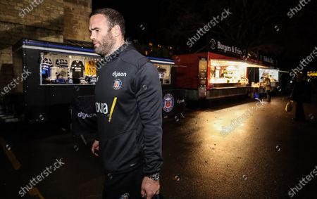 Bath vs ASM Clermont Auvergne. Bath's Jamie Roberts arrives