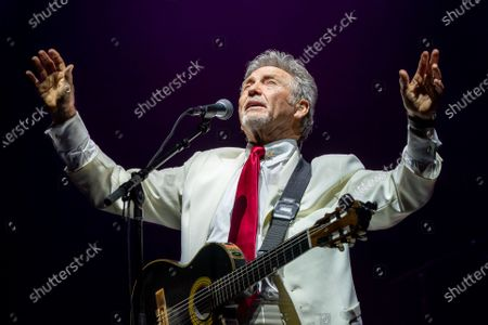 Stock Photo of The Gatlin Brothers - Larry Gatlin
