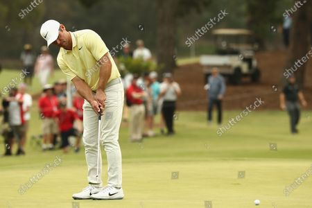 Paul Casey of Britain putts on 10th hole during the round three of The Australian Open golf championship at The Australian Golf Club in Sydney, Australia, 07 December 2019.