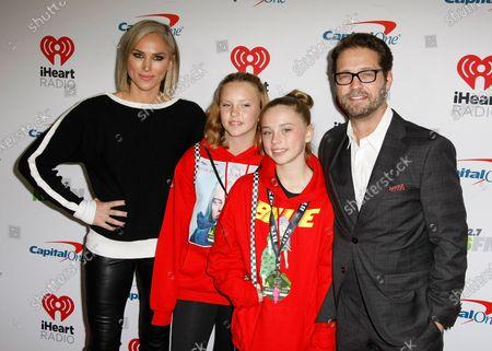 Jason Priestley, Naomi Lowde-Priestley, daughter Ava Veronica Priestley and guest