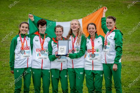 The Silver medal winning Irish Senior Women's team of Aoibhe Richardson, Una Britton, Fionnuala McCormack, Mary Mulhare, Fionnuala Ross and Ciara Mageean