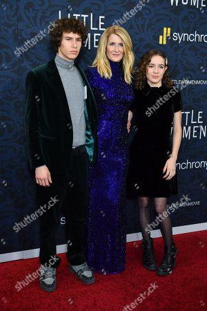 Ellery Harper, Laura Dern and Jaya Harper