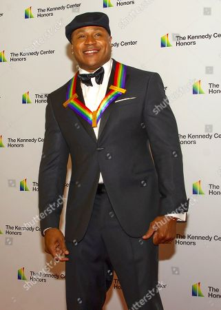 LL Cool J arrives for the formal Artist's Dinner honoring the recipients of the 42nd Annual Kennedy Center Honors at the United States Department of State.
