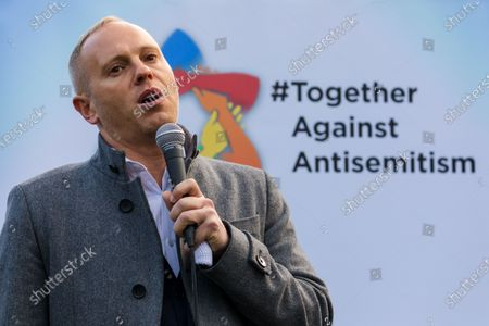 London, UK. Judge Robert Rinder speaking  to Jewish and non-Jewish supporters from the campaign groups 'Campaign Against Antisemitism' and 'Together Against Antisemitism' at a solidarity rally against antisemitism in public life and hate crime, held at Parliament Square in Westminster.
