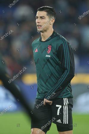 Cristiano Ronaldo of Juventus warms up
