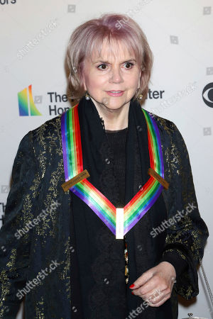 2019 Kennedy Center Honoree Linda Ronstadt attends the 42nd Annual Kennedy Center Honors at The Kennedy Center, in Washington