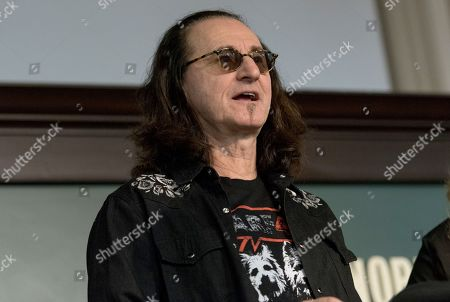 Geddy Lee signs copies of his book at the Union Square Barnes and Noble