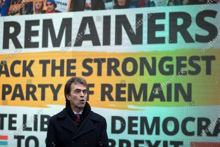 Stock Image of Tom Brake, Liberal Democrat Shadow Brexit Secretary, launches the party's final campaign poster in Westminster.