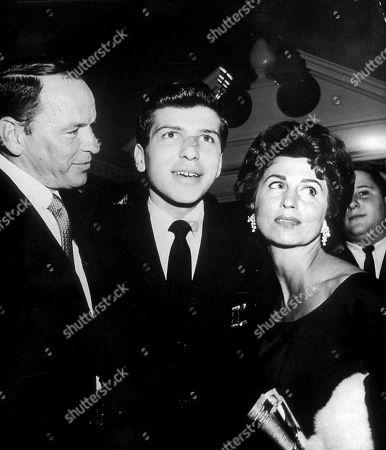 Frank Sinatra Frank Sinatra Jr and Nancy Sinatra