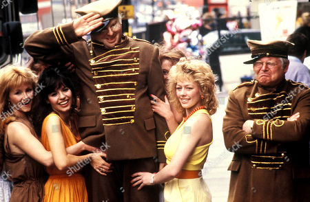 Benny Hill an the Angels