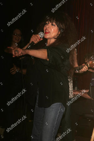 Stock Image of Ronnie Spector is Presented with a Birthday Cake After Performing at the Cutting Room Before an Audience That Included Lala Brooks Paul Shaffer 'Cousin' Brucie a Keith Richard's Ventriloquist Dummy and Others 08-10-2007