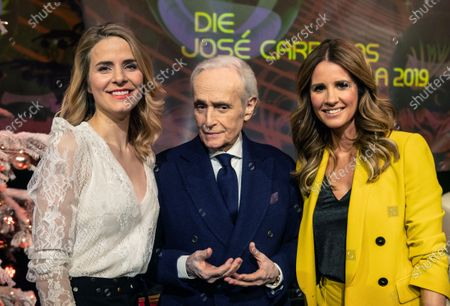 Spanish tenor Jose Carreras (C) poses with TV moderators Mareile Hoeppner (R) and Stephanie Mueller-Spirra during a photocall for the Jose Carreras Gala Christmas concert in Leipzig, Germany, 10 December 2019. The 25th Jose Carreras Gala charity event will take a place on 12 December.