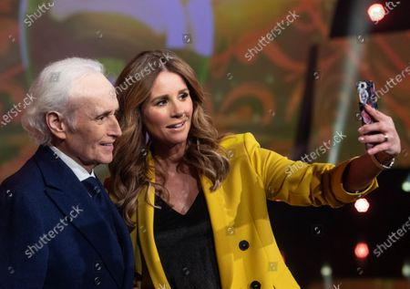 Spanish tenor Jose Carreras (L) poses for a selfie with TV moderator Mareile Hoeppner (R) during a photocall for the Jose Carreras Gala Christmas concert in Leipzig, Germany, 10 December 2019. The 25th Jose Carreras Gala charity event will take a place on 12 December.