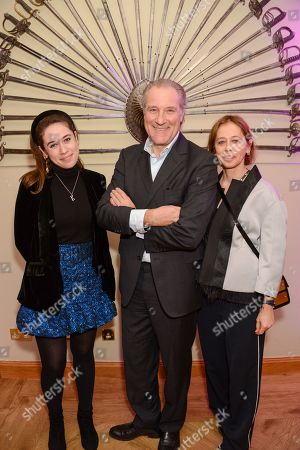 Stock Picture of Lisa Armstrong and family