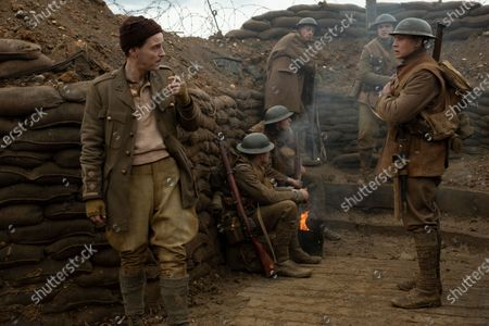 Andrew Scott as Lieutenant Leslie, Dean-Charles Chapman as Lance Corporal Blake and George MacKay as Lance Corporal Schofield