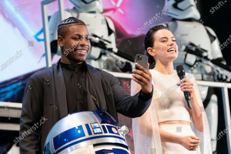 Stock Picture of Daisy Ridley, John Boyega