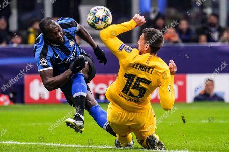 Romelu Lukaku of Inter Milan and Clement Lenglet of Barcellona