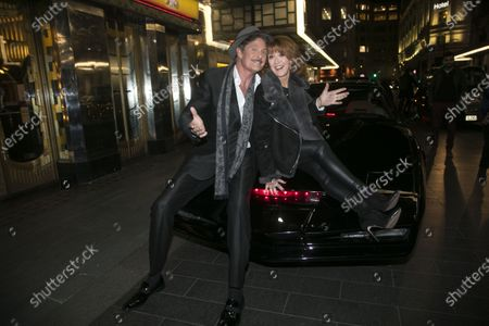 David Hasselhoff (Franklin Hart Jr) and Bonnie Langford (Roz Keith)