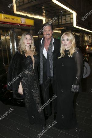 Taylor Ann Hasselhoff, David Hasselhoff (Franklin Hart Jr) and Hayley Hasselhoff