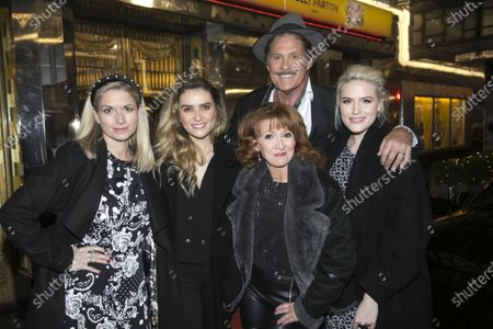 Stock Picture of Caroline Sheen (Violet Newstead), Chelsea Halfpenny (Judy Bernly), Bonnie Langford (Roz Keith), David Hasselhoff (Franklin Hart Jr) and Natalie McQueen (Doralee Rhodes)